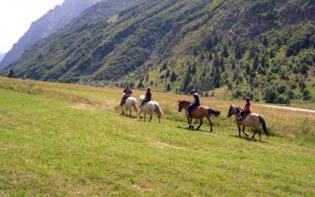 rando-equestre-au-col-dornon